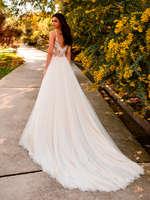 Ofertas de Pronovias, A floweful Wedding